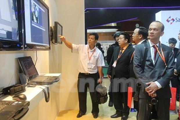 越南参加2015第四届马来西亚国际军警设备展 hinh anh 1