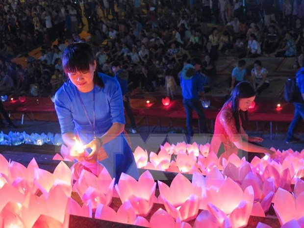 泰国水灯节首次亮相越南 hinh anh 1