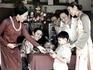 庆祝越共河内市第十六次代表大会:树立高雅文明的河内人形象 hinh anh 1