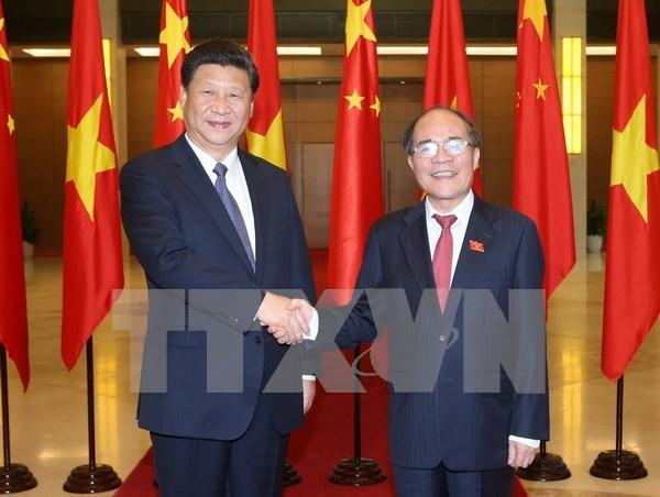 越南国会主席阮生雄会见中共中央总书记、国家主席习近平 hinh anh 1