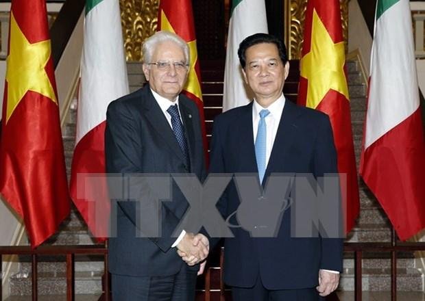 意大利总统塞尔焦•马塔雷拉:意大利将越南视为本地区的一流重要伙伴 hinh anh 1