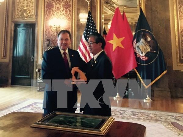 越南与美国犹他州大力促进各领域务实合作 hinh anh 1