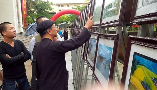 第十五次越南北部山区艺术图片展在高平省举行 hinh anh 1