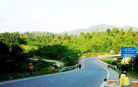 亚行向连接缅甸仰光市和越南岘港市的道路建设项目提供贷款 hinh anh 1
