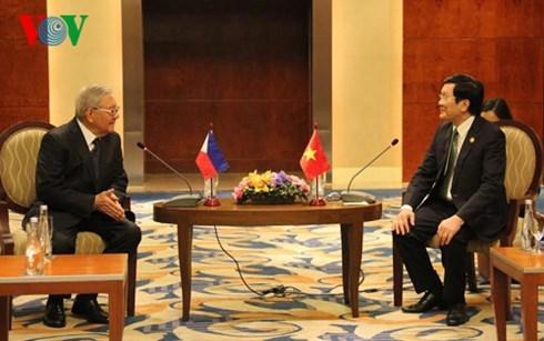 越南国家主席张晋创会见菲律宾众议长贝尔蒙特 hinh anh 1