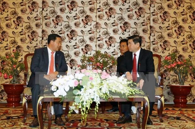 胡志明市领导人会见柬埔寨人民党中央外委会代表团 hinh anh 1