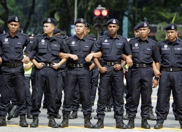 马来西亚调派1000名宾士确保第27届东盟峰会安全 hinh anh 1
