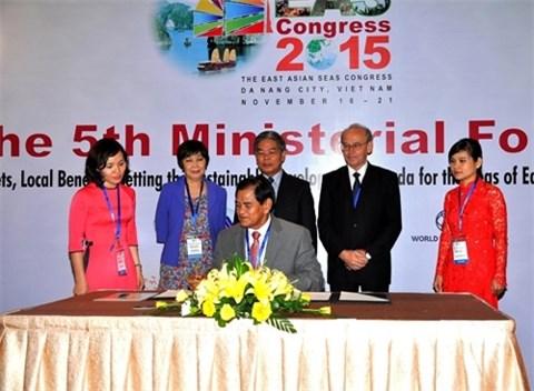第五届东亚海洋大会:加强协调配合助力可持续发展 hinh anh 1