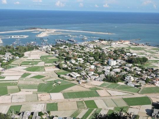 越南政府总理批准李山岛县清洁水供水项目清单 hinh anh 1