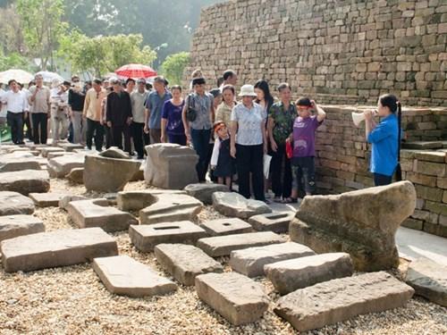 保护与弘扬世界文化遗产价值--以升龙皇城为例 hinh anh 1