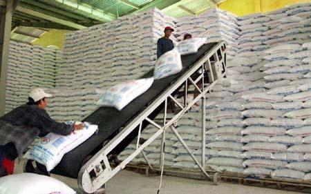 越南蔗糖库存量下降价格有所提高 hinh anh 1