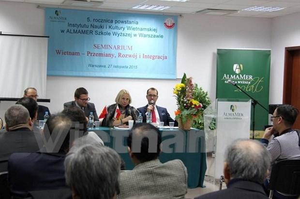 """""""越南革新发展与融入""""研讨会在波兰举行 hinh anh 1"""