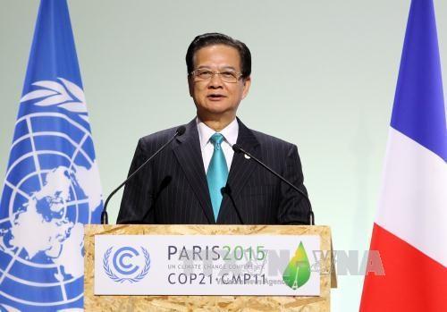 越南政府总理阮晋勇主持召开应对九龙江三角洲气候变化的对话会 hinh anh 1