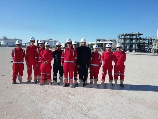 越阿石油项目的首批商品油正式出油 hinh anh 1