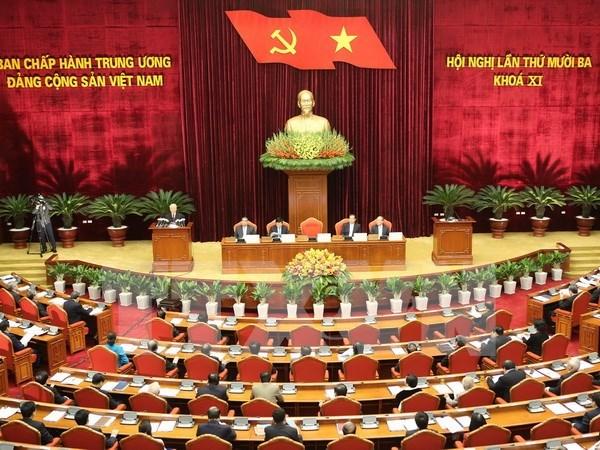 越共第十一届中央委员会第十三次全体会议在河内开幕 hinh anh 1