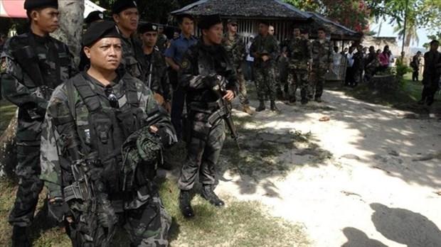 菲律宾政府军在南部击毙13名武装分子 hinh anh 1