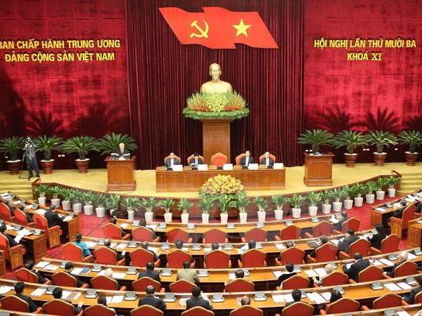 越共十一届十三中全会决定党和国家的重大问题 hinh anh 1
