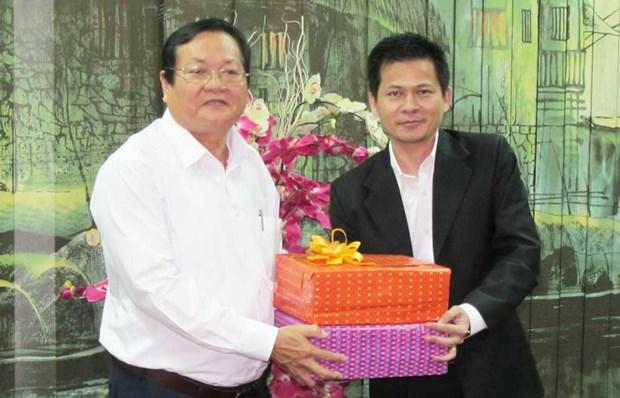 越南隆安省与柬埔寨柴桢省加强信息传媒合作 hinh anh 1
