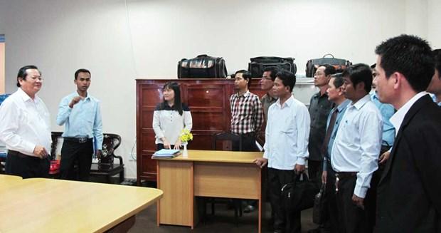 越南隆安省与柬埔寨柴桢省加强信息传媒合作 hinh anh 2