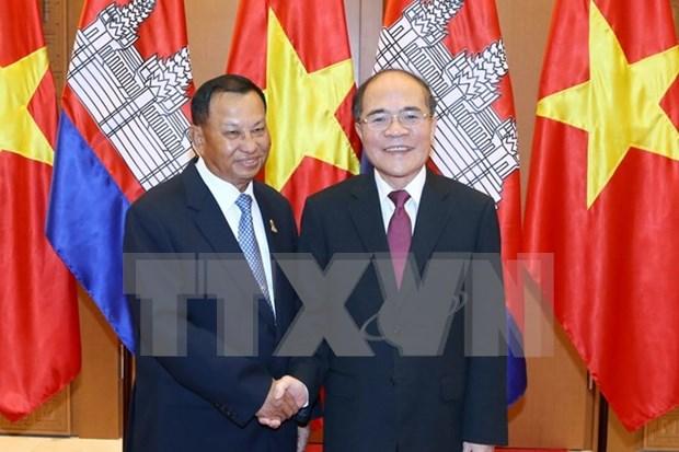 柬埔寨王国参议院主席赛宗圆满结束对越的访问 hinh anh 1