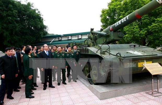 越南祖国阵线中央委员会主席阮善仁走访越南军事历史博物馆 hinh anh 1