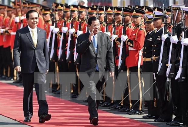 泰柬同意到2020年将双向贸易金额提升至150亿美元 hinh anh 1