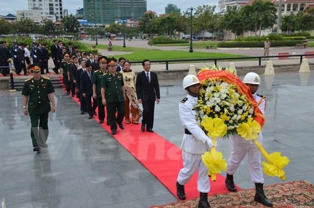 越南驻各国武官处纷纷举行人民军成立71周年纪念活动 hinh anh 1