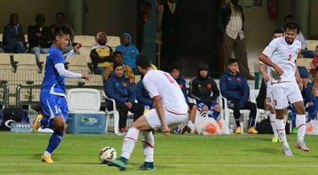 亚洲U23足球青年锦标赛决赛圈热身赛:越南队以1比2输给也门队 hinh anh 1