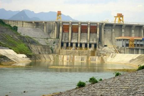 2016年越南国家电力系统功率为4.23万兆瓦 hinh anh 1