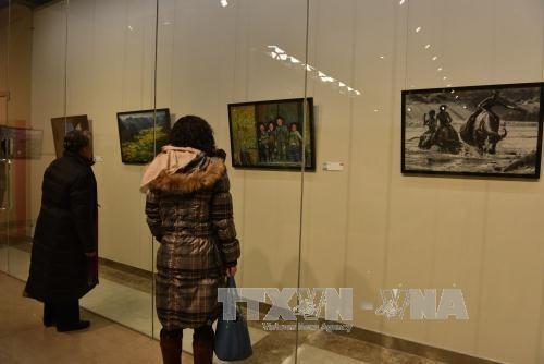 """""""魅力越南""""摄影绘画摄影展在中国北京举行 hinh anh 3"""