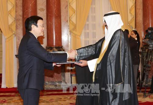 越南国家主席张晋创分别会见科威特和德国新任驻越南大使 hinh anh 1