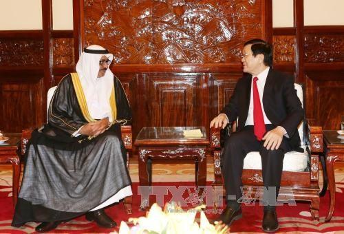越南国家主席张晋创分别会见科威特和德国新任驻越南大使 hinh anh 2