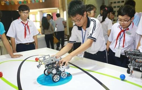 胡志明市为学生和大学生举行科技日 hinh anh 1