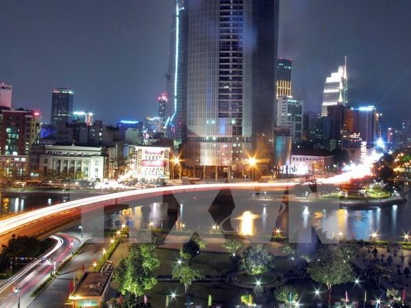 喜迎越共十二大:随着国家革新事业胡志明市实现转型 hinh anh 2