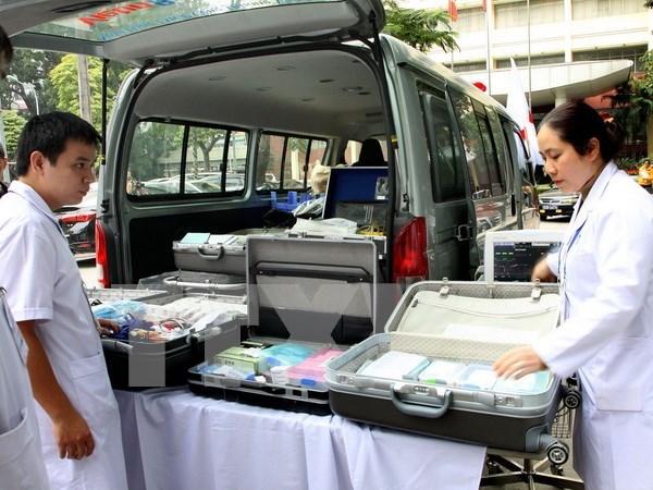 河内市卫生局与法国Ireard中心签署卫生领域的合作备忘录 hinh anh 1