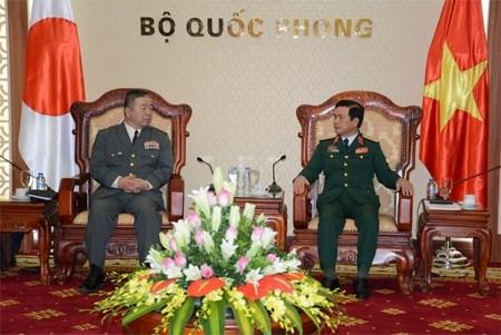 越南与日本陆军加强合作 hinh anh 1