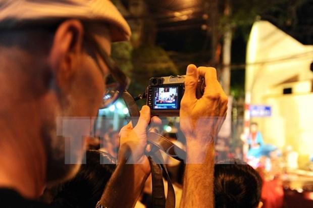 2016年河内市力争实现年接待国际游客量达380万人次 hinh anh 1