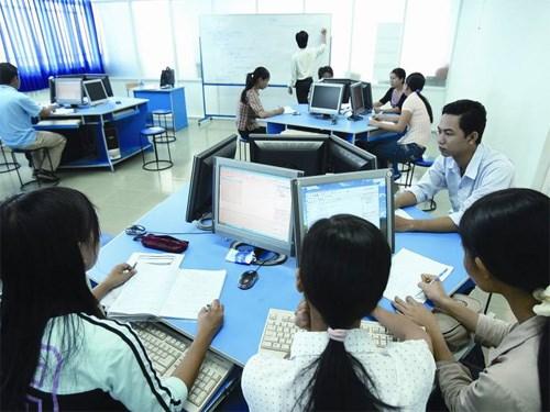 芬兰协助越南培养信息技术人才 hinh anh 1