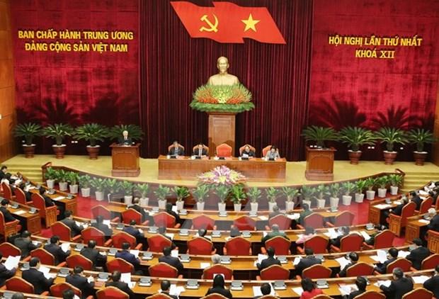 越共十二大:越共十二届中央委员会召开第一次全体会议 hinh anh 1