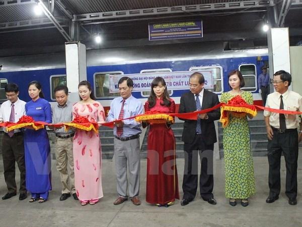 越南最快速且现代化的南北铁路航线SE7/8往返列车投运 hinh anh 1