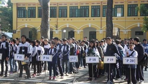 越南首次举办美国数学竞赛近700名学生参加 hinh anh 1