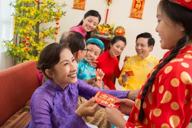 越南人春节派红包习俗 hinh anh 1
