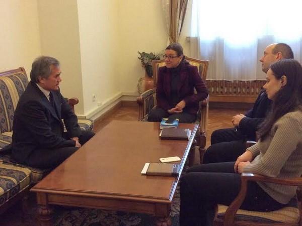 越南驻乌克兰大使要求乌方早日解决敖德萨市莲村搜查案 hinh anh 1