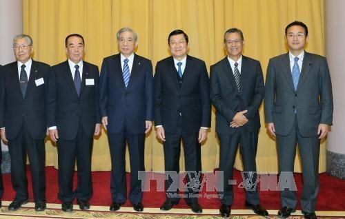 越南国家主席张晋创会见日本群马县代表团 hinh anh 2