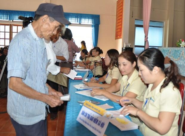 越南政府总理批准2016年越南社会保险的收支预算 hinh anh 1
