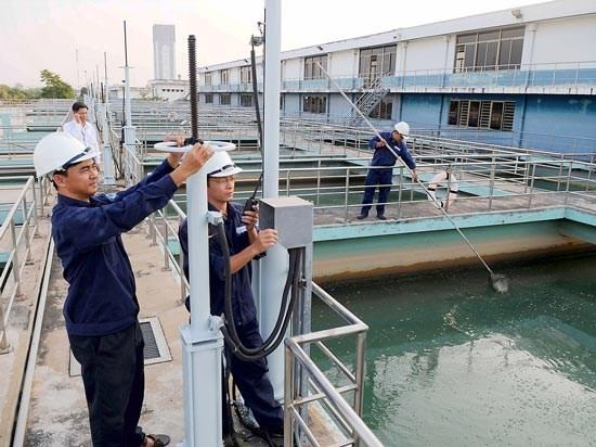 气候干旱与海水入侵给越南多地造成严重影响 hinh anh 1