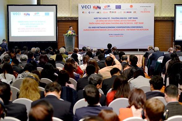 欧洲驻越南商会正式公布2016年白皮书 hinh anh 1