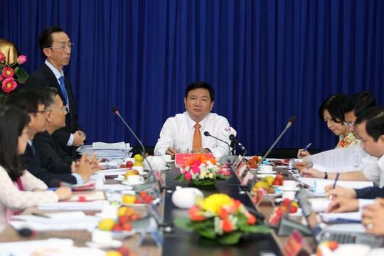胡志明市市委书记丁罗升:大力提升干部素质水平 努力改善人民生活条件 hinh anh 1