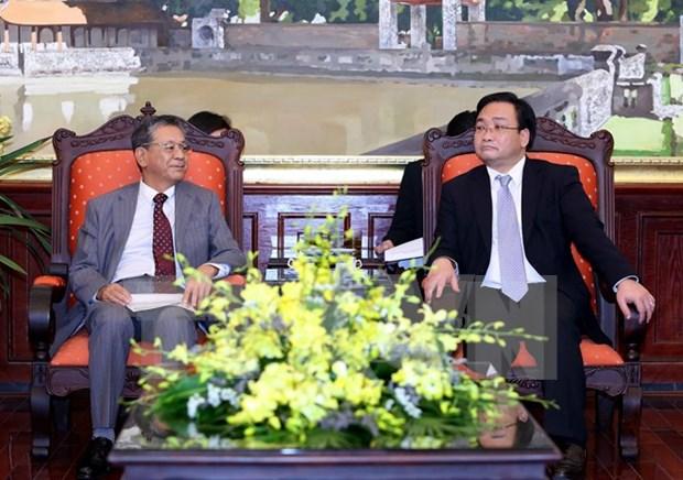 河内市领导会见日本驻越南大使 hinh anh 1