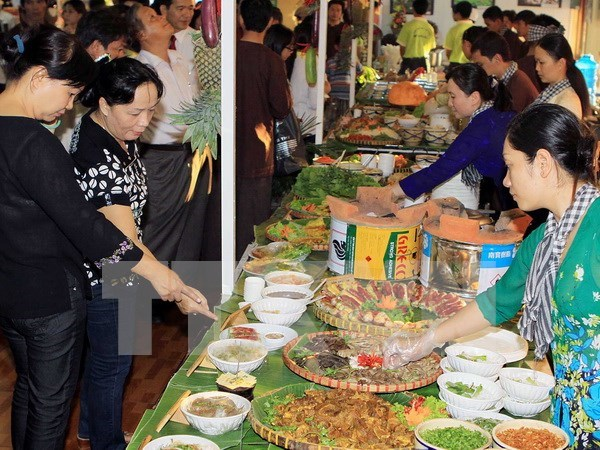 南部民间美食文化节展示当地居民饮食文化特色 hinh anh 1